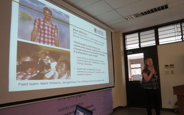 Dr Natasha Pauli (UWA) presents the findings of Mark Williams at the Phnom Penh workshop